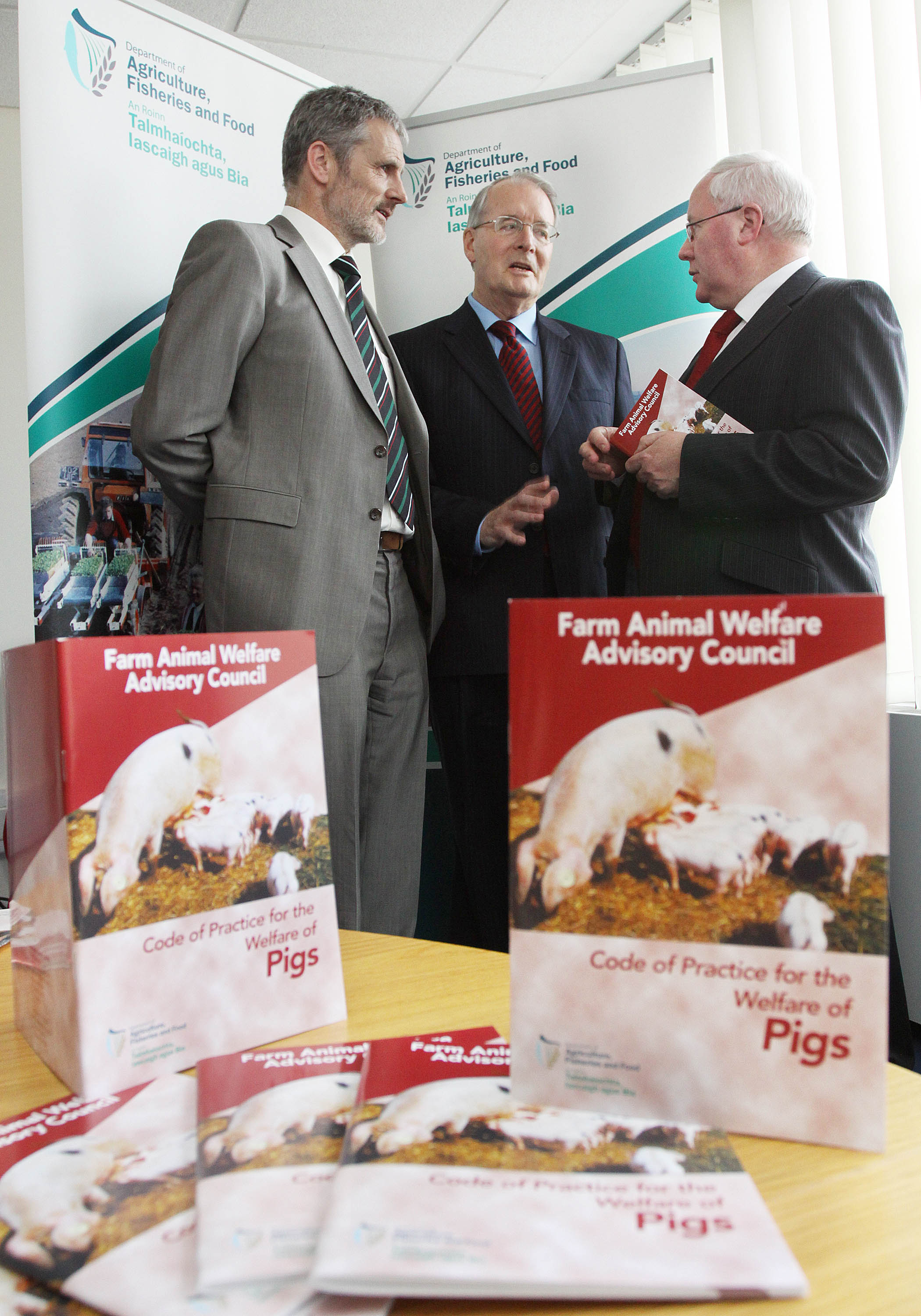 /media/fawac/content/gallery/pigslaunch/Code of Practice for the Welfare of Pigs Booklet Launch Image 2.jpg